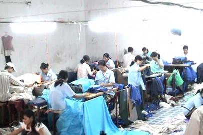 Tiến trình sản xuất áo mưa